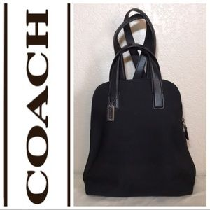 ✨EUC COACH small backpack